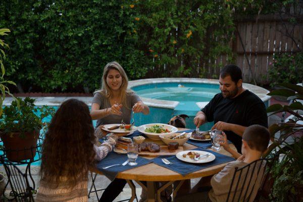 (18 pcs) Family Dinner-0