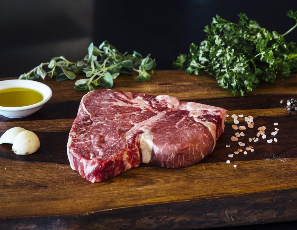 premier-meat-company-raw-sustainable-meat-porterhouse