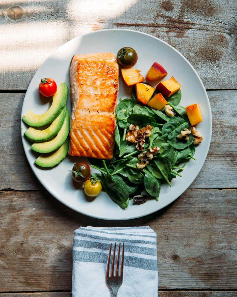 Premier Meat Company Salmon Spinach Salad Paleolithic Diet Fresh Sustainable Wild Caught