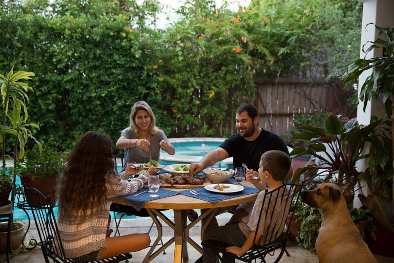 Imagine cutting out grocery time, planning time, and prepping time. And letting it all become family time...